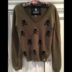 Tokidoki V neck Sweater